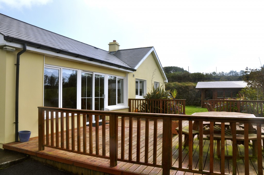 3 Bed Holiday Cottage To Let In Tragumna West Cork